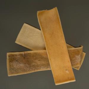 Alvars Kauknochen aus Elchhaut (Chip)